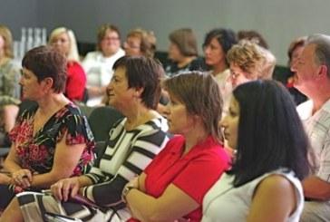 Rajono švietimo įstaigų vadovai neišgirdo padrąsinančių atsakymų į svarbius klausimus