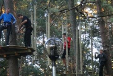 Kazlų Rūdoje atidarytas virvių parkas sulaukė gyventojų antplūdžio