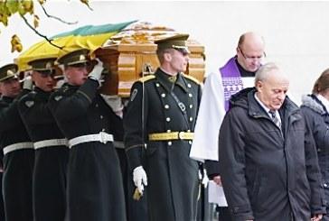 Kraštiečiai palydėjo savo Seimo narį į paskutinę kelionę