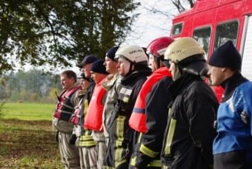 Vyko ugniagesių pratybos