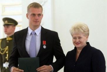 """Rolandui Maščinskui – ordino """"Už nuopelnus Lietuvai"""" medalis bei medalis """"Už sporto pergales"""""""