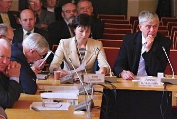 Konservatorių verdiktas – J. Krikštolaičiui palikti opoziciją