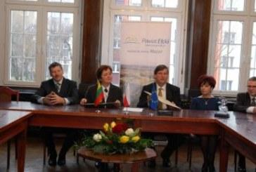 Pasirašyta bendradarbiavimo sutartis – partnerystės deklaracija su Elko poviatu (Lenkija)