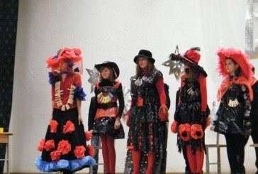 Naujametinis karnavalas Balbieriškio pagrindinėje mokykloje