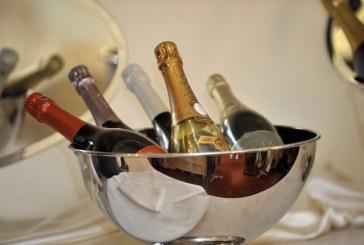 Nuo 2012 m. sausio 1 d. ribojama prekyba alkoholiniais gėrimais