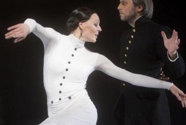 """""""Ana Karenina"""" – gyvenimo pilnatvė scenoje"""
