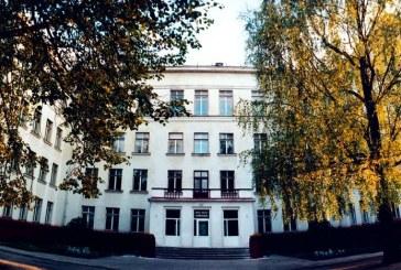 """Prienų """"Žiburio"""" gimnazijos bendruomenė apie rajono savivaldybės mokyklų tinklo pertvarkos projektą"""