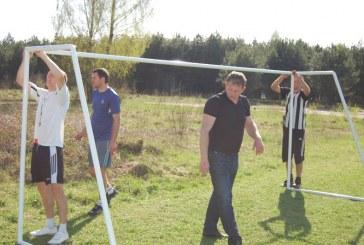 Futbolo bendruomenei dovana – dveji vartai