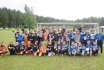 """Turnyrą """"Krašto Vitrinai – 10"""" laimėjo Garliavos futbolininkai"""