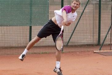 Gvidas Sabeckis  baigė vienetų varžybas, dvejetuose žengė toliau