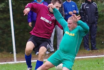 """Birštono"" futbolininkai  nesusitvarkė su ""Simno"" komanda"