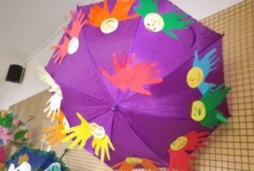 Tolerancijos dieną – skėčių grožis