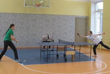Stalo teniso turnyras mokytojo Petro Dzevaltausko taurei laimėti