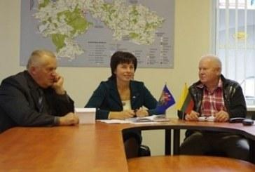 Opozicija kritiškai įvertino priimtą 2013 m. biudžetą