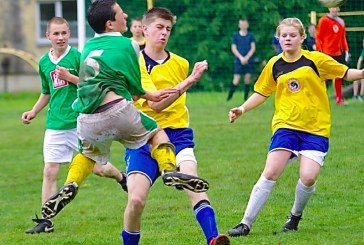 Stakliškėse karaliavo futbolas bei lankėsi futbolo žvaigždės