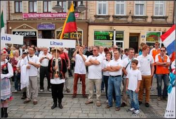 Europos sklandymo čempionate Lenkijoje – skirtingi lietuvių pasirodymai