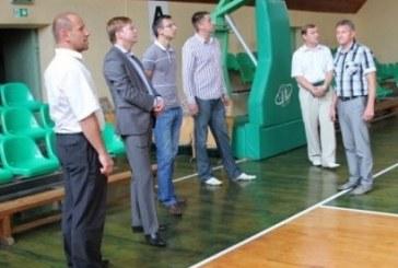 J.Požela: dalis socialinės paramos lėšų turi tekti sporto centrams