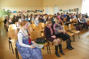 """Prienų """"Žiburio"""" gimnazijoje – rusų kalbos šventė"""