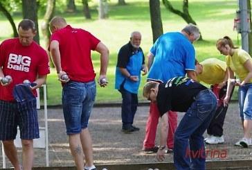 Birštono šventinį dvejetų turnyrą laimėjo Linas Budrikas ir Arvydas Sabalis. Birštono dvejetas – septintas