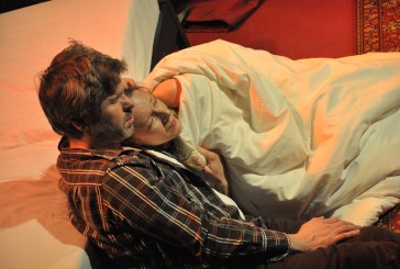 """Spektaklis """"Po 20 metų"""" – nuotaikinga terapinė priemonė poroms"""
