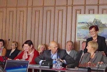 Įsismarkavusią savivaldybės kontrolierę nesėkmingai bandė stabdyti ir Birštono merė