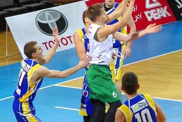 """Šešiese žaidę """"Stakliškių"""" krepšininkai patyrė antrąjį pralaimėjimą"""