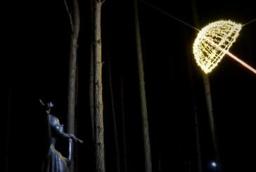 """Šviesos dienos proga Birštone vyko bendruomenės akcija """"Įžiebkime meilę Birštonui"""""""