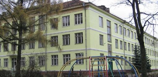Jiezno-gimnazija