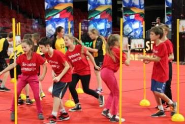 """Birštono gimnazijos penktokai sėkmingai startavo TV projekte """"Drąsūs. Stiprūs. Vikrūs"""""""