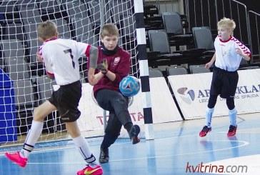 """""""Revuonos"""" futbolininkai laimėjo tarpzonines varžybas ir vyksta į LMOF finalą"""