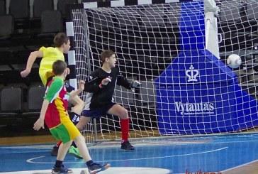 Pakuonio futbolininkams nepavyko prasimušti į LOMF finalą