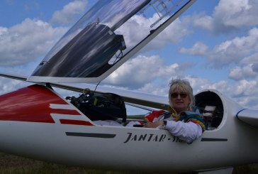 Prieniškė po keturių pratimų Pasaulio moterų sklandymo čempionate – trečia