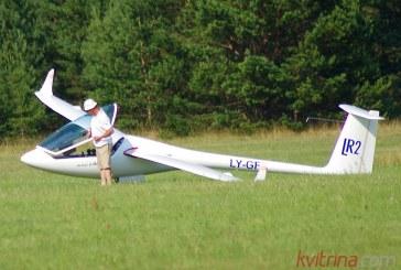 Pasaulio sklandymo čempionate Vladas Motūza laimėjo jau trečiąjį pratimą ir vejasi lyderį