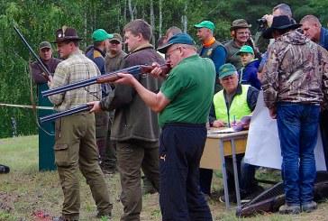 Krašto medžiotojai šventė ir aiškinosi, kas taiklesnis