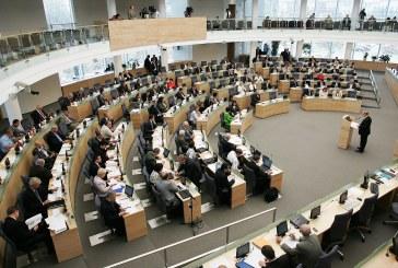 Seimas pritarė siūlymui atsisakyti popierinių gimimo, mirties ir santuokos liudijimų