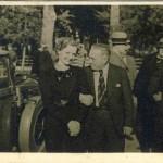 B.Sakovas su vyr. inz. Krasausko žmona Birstone