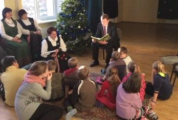 Pasakų viešnagė Jiezno vaikų globos namuose