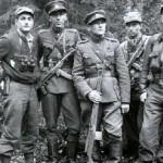 Juozas Luksa su kovos draugais
