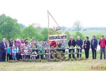 """Balbieriškio pagrindinė mokykla tęsia dalyvavimą tarptautinėje """"Mažiau šiukšlių"""" kampanijoje Lietuvoje"""