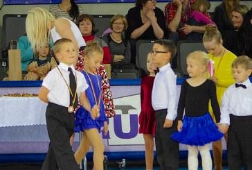 Prienų sporto arenoje karaliavo mažieji šokėjai