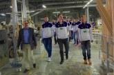 """""""Vytauto"""" krepšininkai apsilankė moderniausioje Europoje langų gamybos įmonėje """"Doleta"""""""