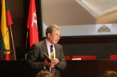 Profesorius V. Sinkevičius: Konstitucija – mūsų teisės sistemos rėmai