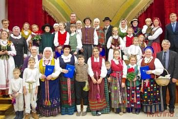 Perlai iš lietuvių liaudies lobių skrynios