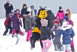 Pasaulinė sniego šventė, palaiminta bitės skrydžio