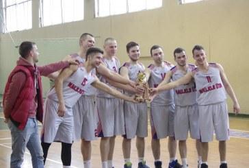 N. Ūtos krepšininkams – rajono krepšinio pirmenybių bronza