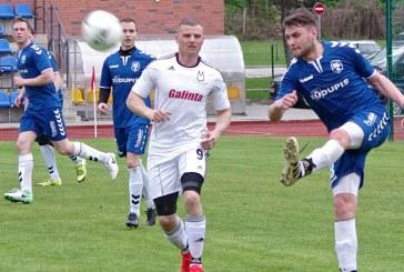 """FK """"Prienai"""" du kartus lygino rezultatą, bet pergalei tokių pastangų neužteko"""