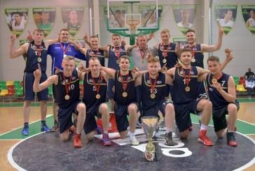 """Fantastiškai sužaistas ketvirtasis kėlinys garantavo Birštono SC """"Olimpo"""" krepšininkams KKL """"C"""" lygos čempionų vardus"""