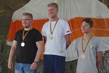 Pasaulio jaunimo sklandymo čempionato starte – prizinis lietuvio skrydis