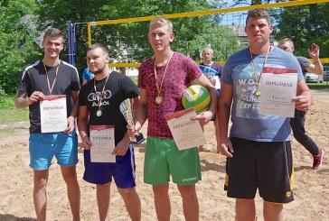 Tinklinio turnyras Kašonyse (Foto reportažas)