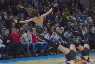 """Broliai Ballai įmetė į """"Jonavos"""" krepšį 71 tašką, """"Vytautas"""" pasiekė rezultatyvumo rekordą"""